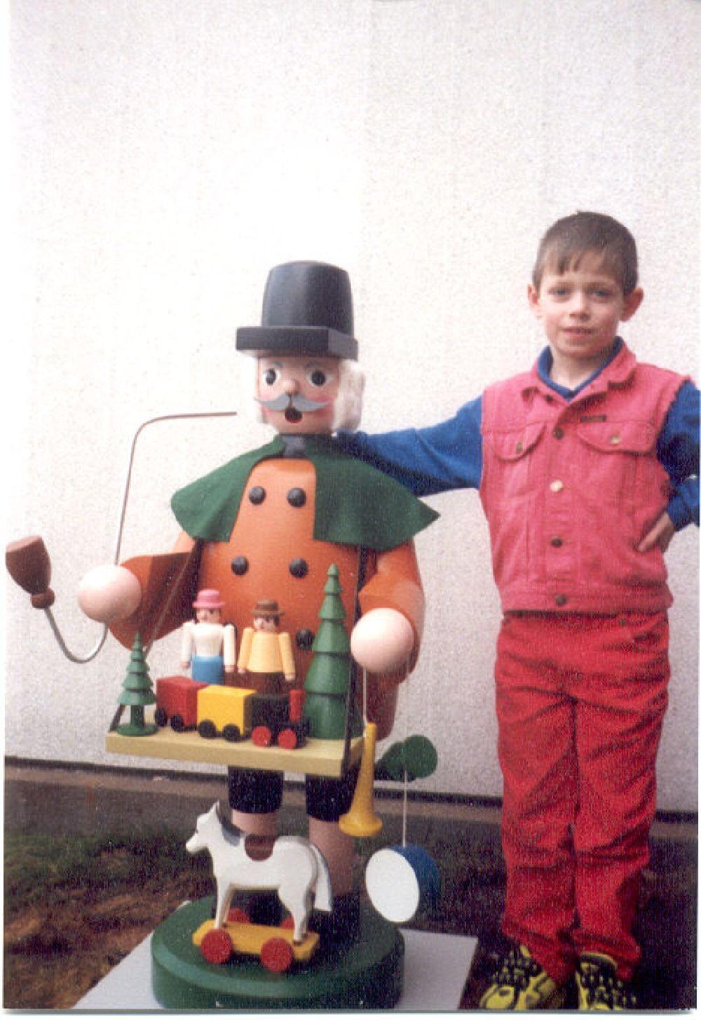 23 Räuchermann Spielzeughändler 130 cm