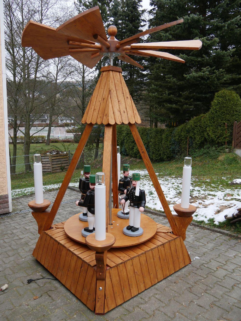 12 Stabpyramide mit Bergmänner 200 cm