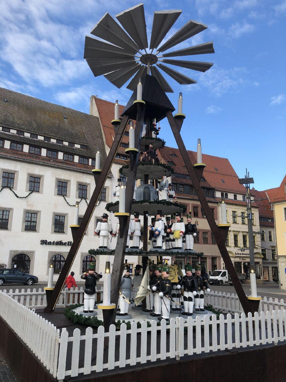 47  komplette Bestückung Weihnachtspyramide Freiberg  45 Figuren